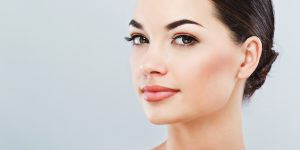 Find Out How A Plastic Surgeon In Miami Can Help Wake Up Your Tired Eyes