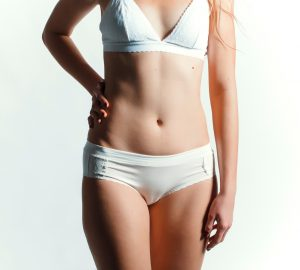 10 Tips and Tricks For Recovering After Your Tummy Tuck in Miami